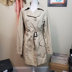 **Tulle Large Tan Belted Trench Coat